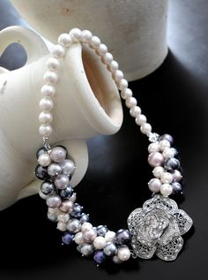 Beautiful Swarovski Multi-coloured pearl necklace Pearl Color, Handmade Jewellery, Bridal Jewelry, Pearl Necklace, Swarovski, Glitter, Pearls, Accessories, Beautiful