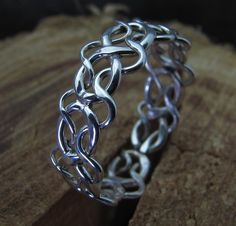 Celtic Woven Argentium Sterling Silver Ring door DogsKinJewelry