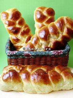 Recepti iz moje bilježnice: Uskrsne pletenice / pince