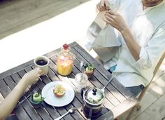 Summer breakfast on Kinfolk / photo by Laura Dart