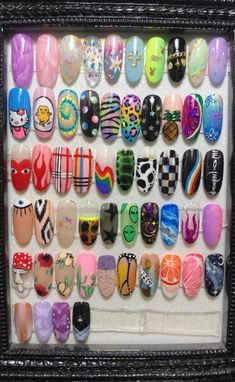 Discovered by ♡Meet The Beatles♡. Find images and videos about nails on We Heart It - the app to get lost in what you love. Edgy Nails, Aycrlic Nails, Funky Nails, Stylish Nails, Swag Nails, Manicure, Soft Grunge Nails, Grunge Nail Art, Goth Nail Art