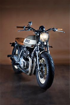 Custom Yamaha XJ650 | #bikes
