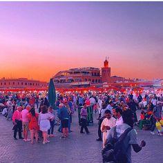 El fena square- Marrakech  Congrats  @hanasalehalfasi Tag your friends  --------------------------------- #morocco #maroc #rabat #casablanca #marrakech #agadir #love #design #essaouira  #travel #moroccan #vacation #beach #tourist#travelmorocco #fes #old #chefchaouen #wanderlust #style #instatravel #trip #amazing #travelphotography Agadir, Purple Sky, Casablanca, Fes, Marrakech, Night Skies, Ramadan, Morocco, Dolores Park
