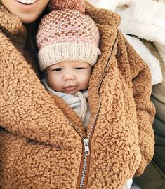 My little teddy bear in my teddy coat.🐻Coziest feeling all snuggle up together. Im feeling a little more ok about this cold weather now that I have an extra little heating pack. Lil Baby, Baby Kind, Little Babies, Little Ones, Cute Babies, Baby Outfits, Baby Pictures, Baby Photos, Newborn Pictures