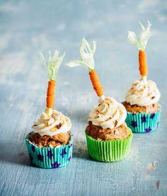 Gluteenittomat porkkanakuppikakut   Maku Finnish Recipes, Mini Cupcakes, Margarita, Desserts, Food, Tailgate Desserts, Deserts, Essen, Margaritas