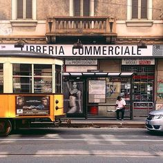 #libreriacommerciale