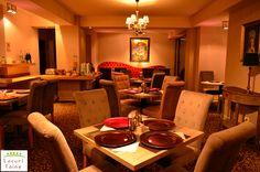 Villa Oblique - cea mai frumoasa vila boutique din Romania! Zona de lounge si a restaurantului au fost create cu ajutorul pieselor de mobilier marca TRENDfurniture definite printr-un design modern si rafinat.