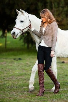 White Horse and clothes I COVET!!!!!!!!!!!!!!! - Rayanne