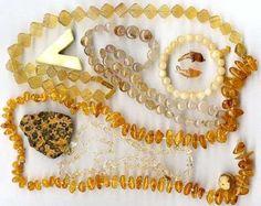Lieblingsfarbe Gelb Gelbe Edelsteine für Farbtypen, Horoskopsteine und Heilsteine - mit Kauftipps & Bestellempfehlungen. Golden wie die Sonne, eine Farbe zum auftanken. Gelb steht für Sonne. Es stärkt das Immunsystem und baut Hemmungen und Beziehungsängste ab. #Golden #Farbe #Gelb #edelstein