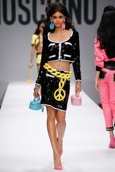 Moschino - Spring 2015 Ready-to-Wear - Look 33 of 56