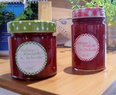 Erdbeer/Rhabarbermarmelade mit Holunderblütensirup