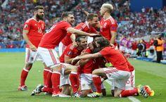 Gales se clasifica para octavos goleando a Rusia y como líder