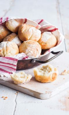 Savoury Baking, Bread Baking, Our Daily Bread, Swedish Recipes, Food Inspiration, Baked Goods, Camembert Cheese, Vegan Recipes, Food And Drink