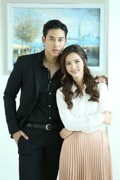 คุณแม่สวมรอย You Are Me #คุณอธิราช #สิณา #ธิณา #ฐาลิน #ป๊อปบัว Thai Drama, Sweet Couple, I Movie, Dramas, Ulzzang, Couples, Style, Fashion, Celebrities