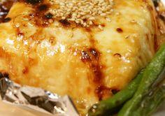 豆腐にチーズをかけてトースターで焼くだけで、お酒にピッタリの美味に仕上がる!バリエーションも豊富。
