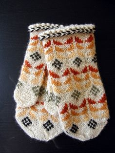 FO. Mushroom dyed mittens by Osloann | Flickr - The Folk Knitting Pool (group)