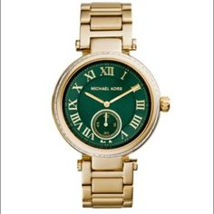 Michael Kors Skylar green Case Diameter: 41.5 mm Case thickness: 11.55 mm Bracelet deployment Water Resistance: 5 ATM  Manufacturer reference: MK6065 Product Dimensions: 3.8 x 3.7 x 3.7 inches; 5.3 Michael Kors Accessories