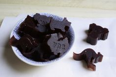 Don't Eat the Spatula: Blueberry-Pomegranate Gummies (AIP, Paleo)