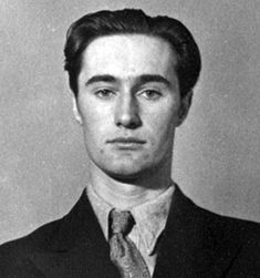 "Joachim Ronneberg, the Norwegian resistance fighter who sabotaged Nazi Germany's nuclear weapons ambitions during World War Two, has died aged ""Those growing up today need to understand that we must always be ready to fight for peace and freedom. Heavy Water, Military Training, Tale As Old As Time, Historical Images, World War Two, About Uk, Wwii, Norway, Scotland"