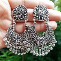 Silver Earrings With Pearls Indian Jewelry Earrings, Jewelry Design Earrings, Silver Jewellery Indian, Ear Jewelry, Silver Jewelry, Silver Ring, Silver Earrings, Silver Bracelets, Silver Jhumkas