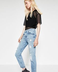 Image 5 of DISTRESSED JEANS from Zara