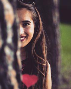 "121 aprecieri, 2 comentarii - Bianca.Teodorescu (@bianca.teodorescu) pe Instagram: ""#longtimenopost #happynessisallaround❤️ #love #nature #andmorelove❤️"" Passion, Poses, Long Hair Styles, Portrait, Instagram, Photography, Beauty, Photograph, Long Hairstyle"