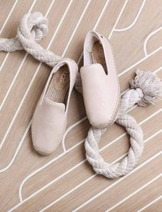 UGG® Official | Women's UGG Boots, Slippers, and more | Free Ground Shipping