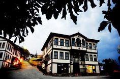 Historic houses-Taraklı evleri-Geyve-Sakarya-Turkiye Orient House, Turkish Architecture, Bohemian Wedding Decorations, Turkey Travel, Istanbul Turkey, Traditional House, Bird Houses, Travel Photos, Tourism
