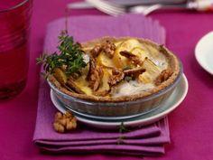 Mini-Chicoréetörtchen mit Apfel, Walnüssen und Blauschimmelkäse ist ein Rezept mit frischen Zutaten aus der Kategorie Törtchen. Probieren Sie dieses und weitere Rezepte von EAT SMARTER!