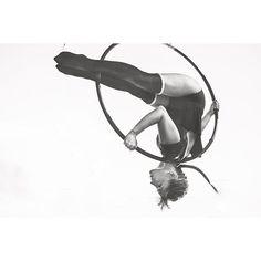 """""""PH: Javier Lazo Barco #Lyra #aeriallyra #aerialhoop #aerialarts #aerialist #usaerial #aerialnation #aerialistsofig"""""""