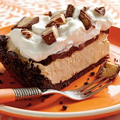 Frozen Peanut Butter Pie by Coastal Living. MyRecipes recommends that you make this Frozen Peanut Butter Pie recipe from Coastal Living Frozen Peanut Butter Pie Recipe, Peanut Butter Desserts, Peanut Butter Cups, Frozen Desserts, Just Desserts, Delicious Desserts, Yummy Food, Frozen Treats, Pie Recipes
