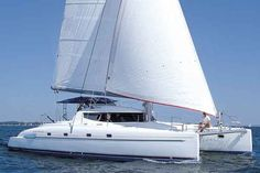 Best Catamarans: Bahia 46