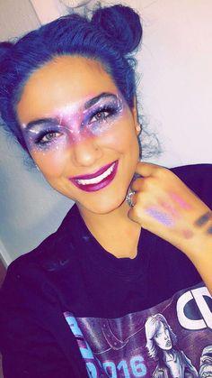 Pin Szerz Aring Je Romsics Fodor Lili K Atilde Para Zz Atilde Copy T Atilde Copy Ve Itt Makeup Ekkor 2019#aring #atilde #copy #ekkor #fodor #itt #lili #makeup #para #pin #romsics #szerz Fairy Eye Makeup, Rave Makeup, Clown Makeup, Makeup Geek, Halloween Look, Halloween Makeup Looks, Make Up Looks, Space Girl Kostüm, Alien Make-up