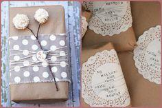El papel marrón de embalar de toda la vida es tendencia estas navidades,también llamado papel kraft, puede disfrazarse de mil maneras para componer los embalajes más fantásticos del mundo. De mod…