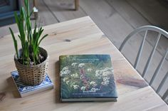 Taking Notes. Stories about a big old house in the country. - Home - Book Club: The thoughtful gardener by JinnyBlom.