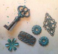 'Old metal' with Vintaj patina