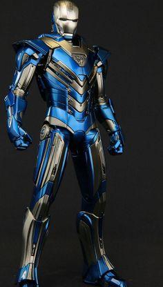 Movie Versio n Iron Man Armor - (Blue Steel) Iron Man Kunst, Iron Man Art, New Iron Man, Iron Men, Iron Man Wallpaper, Man Movies, Comic Movies, Iron Man Pictures, Marvel Background