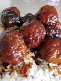 Six Sisters Slow Cooker Sweet and Tangy Meatballs. Just 3 ingredients! Perfect for a holiday party!