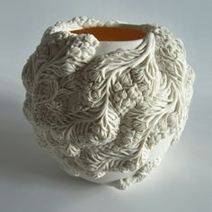 Shirakawa Bowl | Moulded, hand-built and carved porcelain with gold leaf interior | Hitomi Hosono, 2012