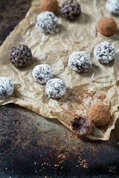 Vegan Chocolate Truffles | chocolateandcarrots.com
