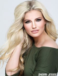 Just a nice trim. Miss Virginia, One Day Detox, Beautiful Inside And Out, Salon Design, Beauty Hacks Video, Beauty Editorial, Beauty Queens, Beauty Photography, Makeup Inspiration
