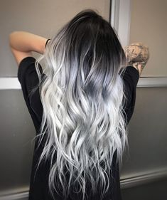 ❄️ ICY HAIR ❄️ for this snowy day - Saç rengi fikirleri - Haarfarben Hair Dye Colors, Ombre Hair Color, Cool Hair Color, Silver Ombre Hair, Black And Silver Hair, Hair Color Ideas, Dyed Hair Ombre, Ombre Bob, Black To Grey Ombre Hair