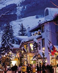 Lift House Lodge offers specials rates and discounted lodging and accommodation in Vail, Colorado. Hotel offers special ski resort packages in Vail. Great Places, Places To Go, Beautiful Places, Vail Village, Vail Colorado, Mountain Vacations, Snow Skiing, Winter Wonder, Rocky Mountains
