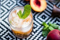 8 easy summer cocktails, bourbon peach smash