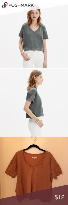 Madewell Luster V neck crop top Burnt rose colored crop t shirt, great with high waisted jeans! Worn only twice but hope it can get some life again with someone new :) Madewell Tops