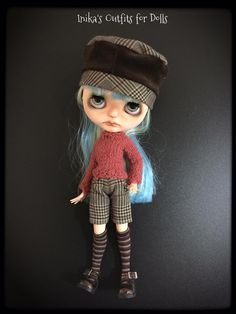 This Listing includes: Hat in lightweight wool plaid with brown insert. Sweater made of wool Iceland dark pink. Shorts plaid in shades of brown.   Is not included: Doll Shoes socks   This is a creation made by hand. No refund is payable.
