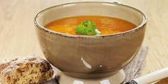 Ginger and Carrot Soup // 102 Cal per serve Carrot Soup, Moscow Mule Mugs, Carrots, Food And Drink, Health Fitness, Diet, Tableware, Skinny, Lifestyle