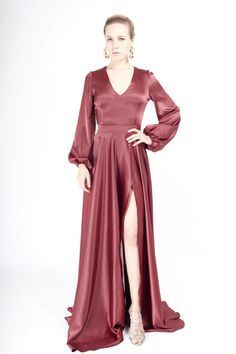 La Cloche Fashion Statements, Black Tie, My Wardrobe, Vintage Dresses, Cool Outfits, Designers, Gowns, Clothes, Beautiful