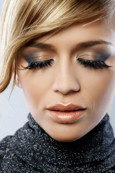 #blue and #bronze #makeup is a good alternative for your New Year Eve's party!