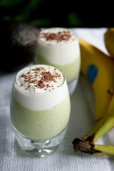 Avocado and Banana Smoothie   1 banana  1 avocado  3/4 cup milk(or coconut water)  1/2 cup Greek yogurt (vanilla flavour protien shake)  1/4 tsp peppermint or vanilla extract (optional)  honey or agave, to taste (optional)  Topping: Greek yogurt, semi-sweet chocolate shavings